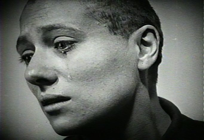 Joan Cries