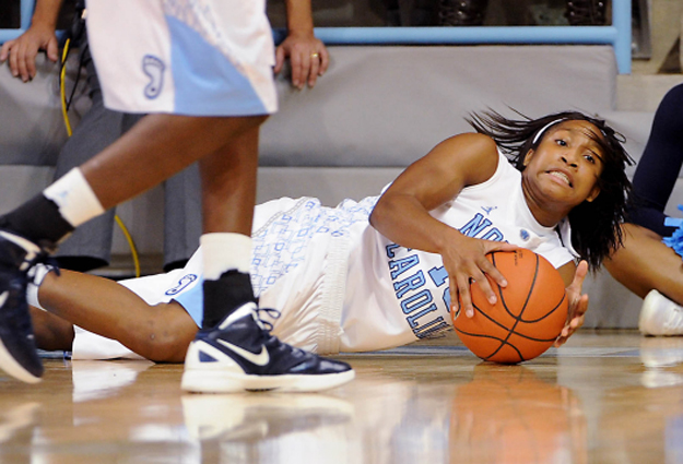 No. 14 Tar Heels Can't Keep Up With Explosive No. 2 Fighting Irish, Fall 100-75