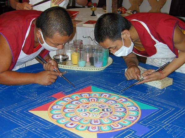 Sand_mandala_tibet_1