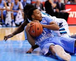 Britt grabs loose ball (Zimbio.com)