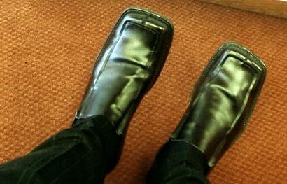 Fashion - men's square-toed-shoe