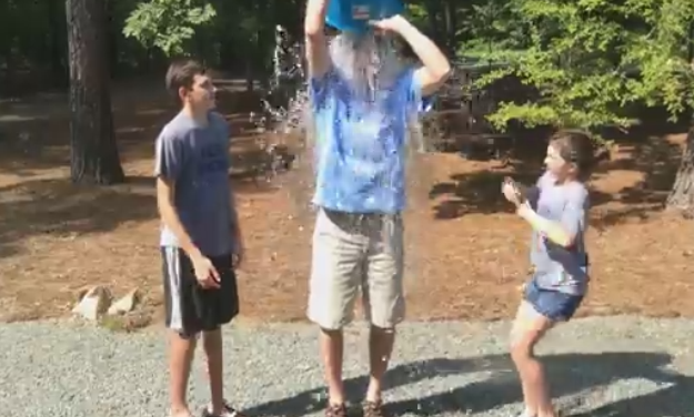 Connell Family Takes The #IceBucketChallenge