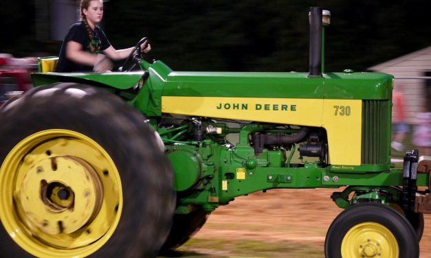 White Cross Tractor Pull – 8/18/2017