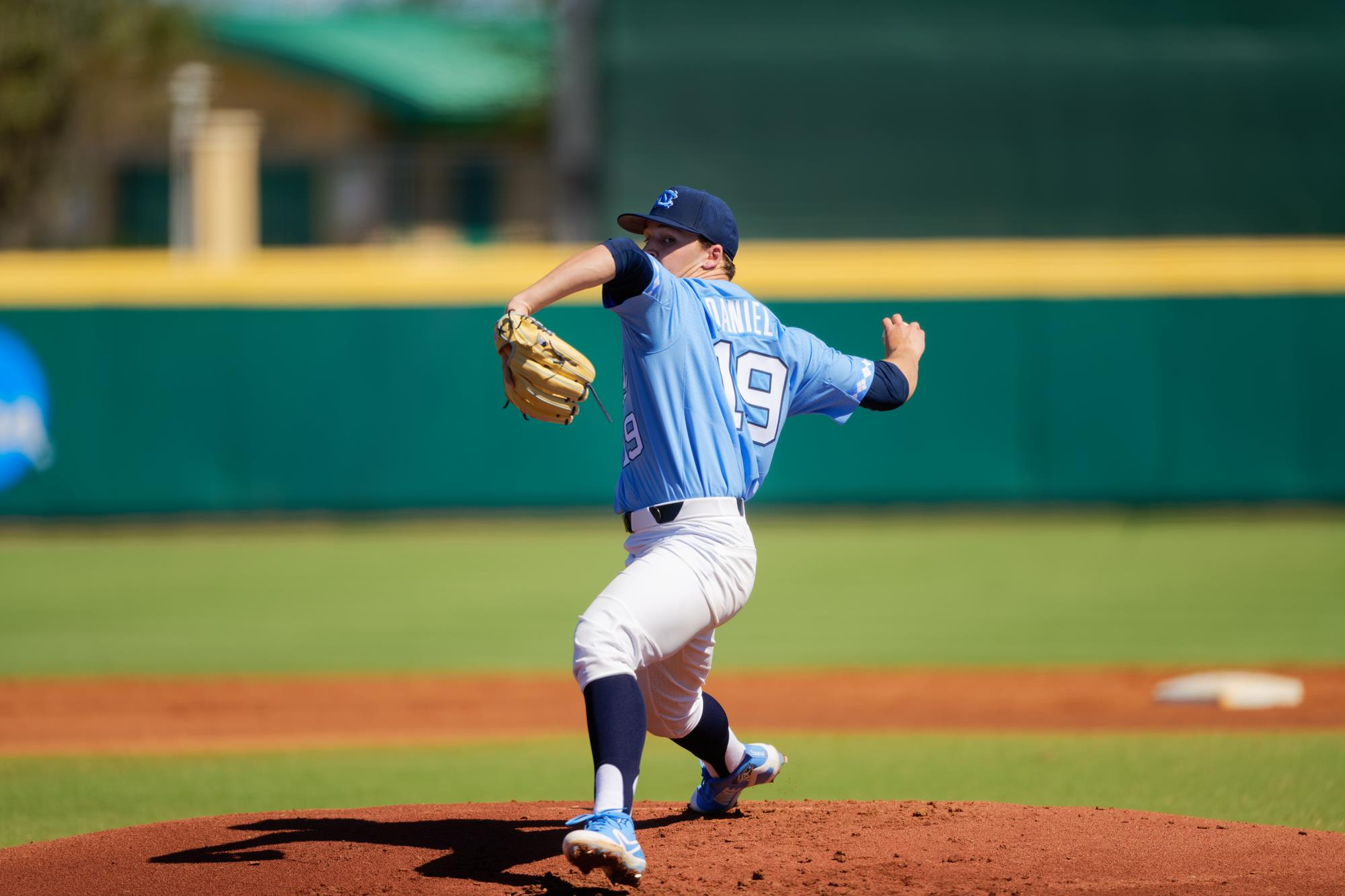 unc baseball avoids series sweep at no. 13 louisville, hands