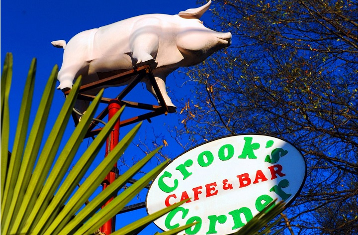 Report: Crook's Corner Changing Ownership, Getting New Chef