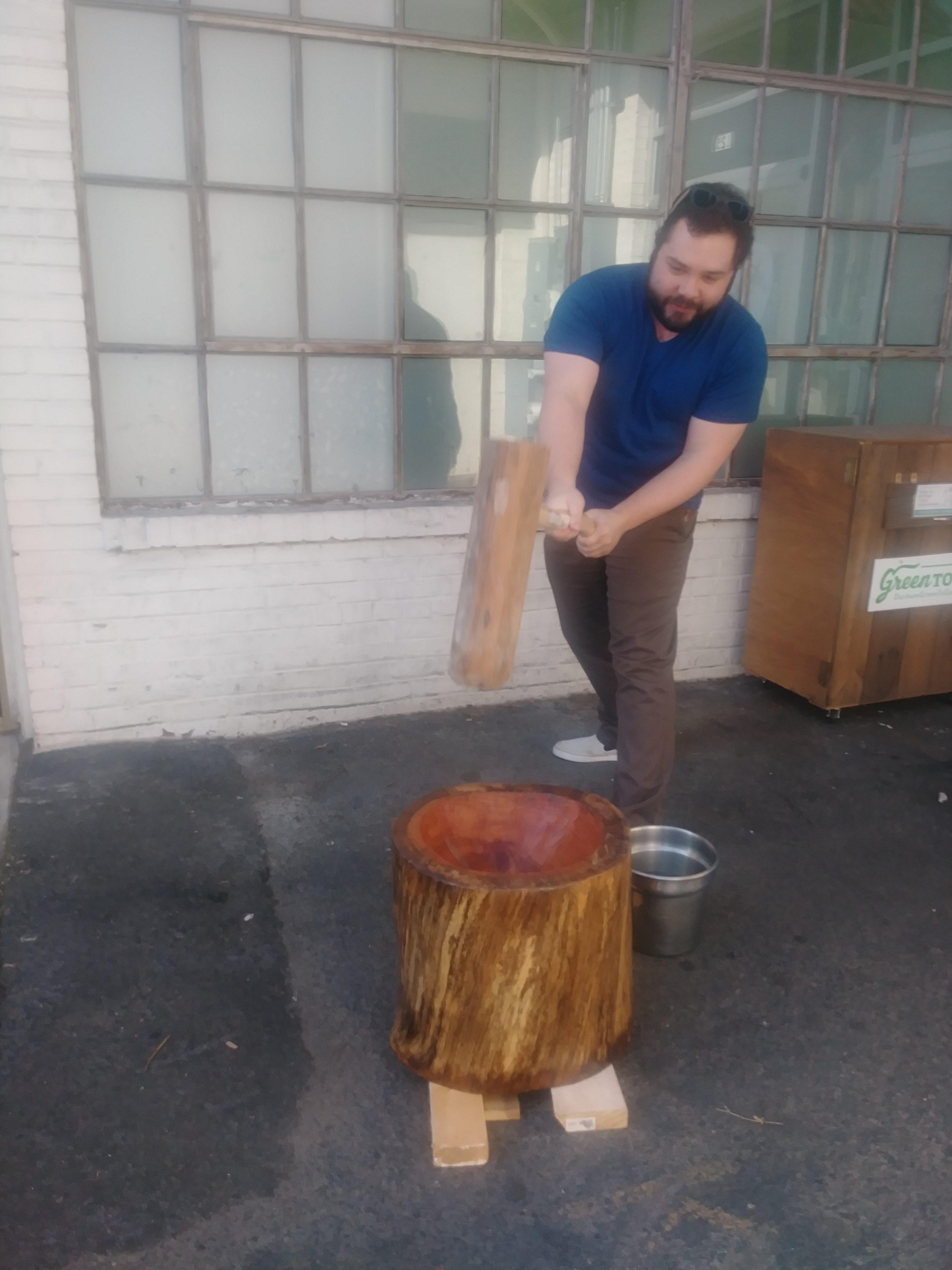 Mochi pounding bowl