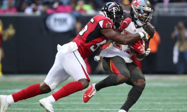 Atlanta Falcons Give Former UNC LB Bruce Carter a One-Year Contract Extension