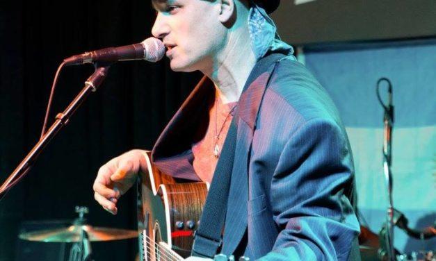 Live & Local: Luis Del Rio