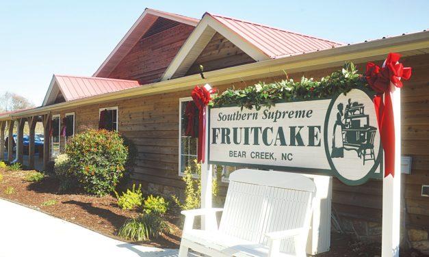 It's Fruitcake Time at Bear Creek's Southern Supreme