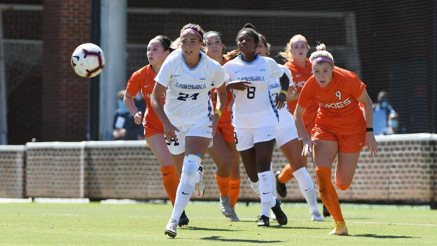 Unc Women S Soccer Ranked No 1 In United Coaches Poll Chapelboro Com