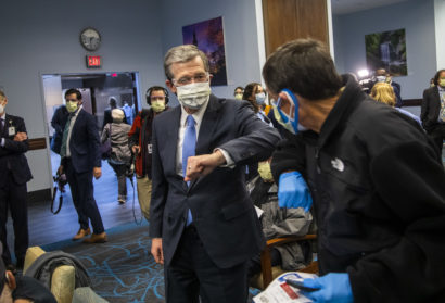 Governor Cooper Visits UNC Health Vaccination Clinic