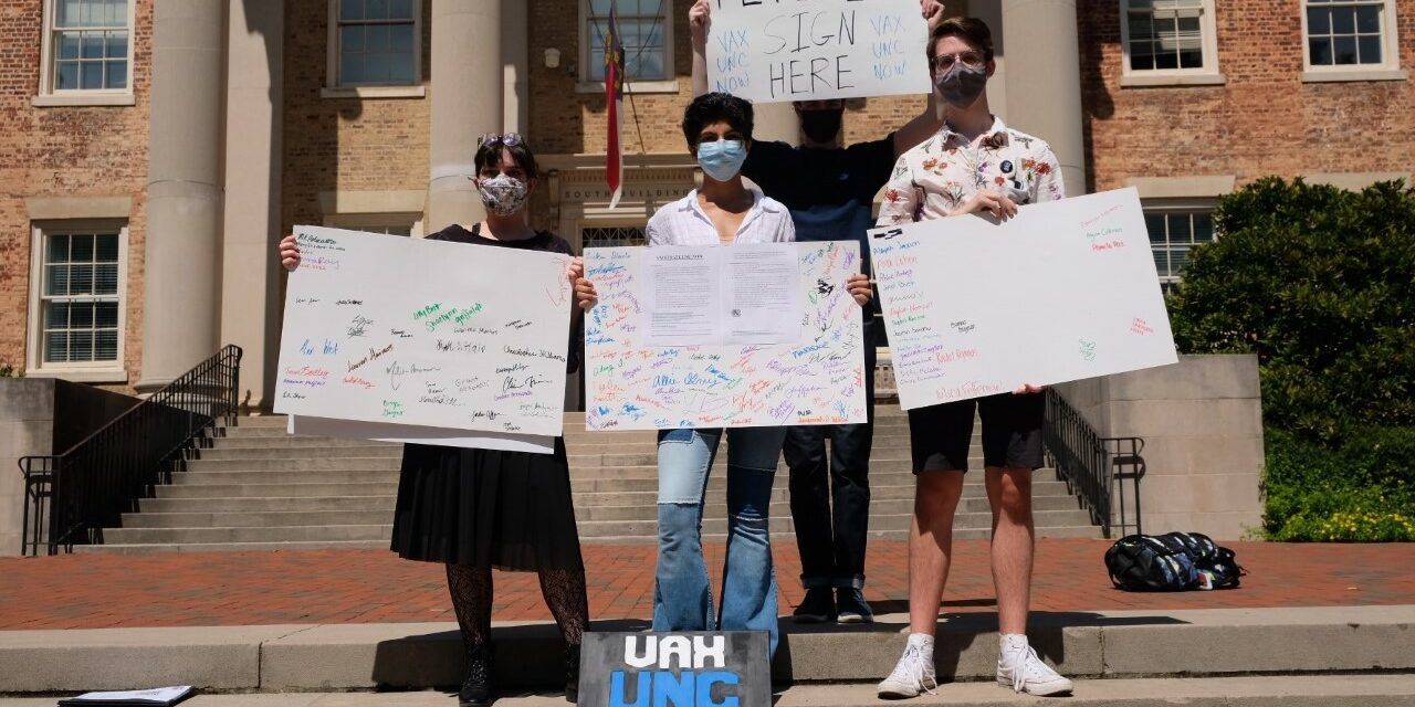 'We Need it Now': UNC Students Advocate for COVID-19 Vaccine Mandate